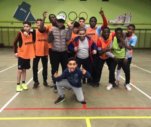 Hoe ondersteun je sociaal-sportieve praktijken? Case van Red-Side Academy