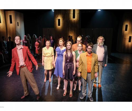 """""""Het moet over de mensen gaan"""" – Op bezoek bij Theater Antigone"""